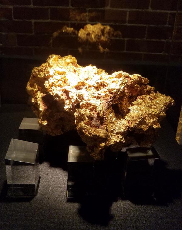 Perth Mint gold nugget